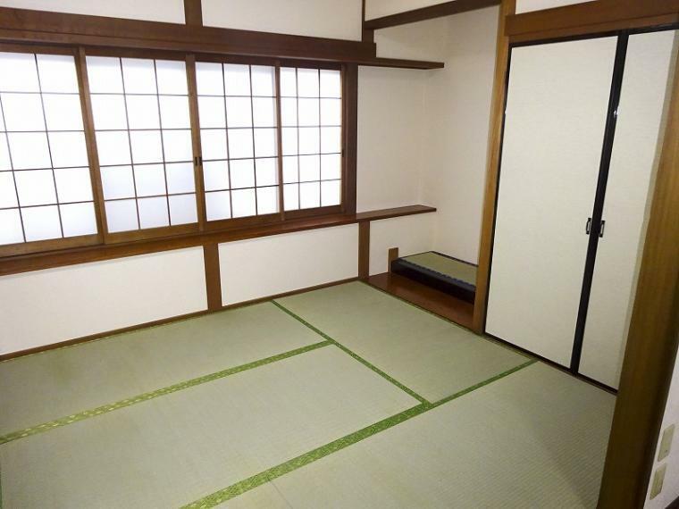 和室 1階奥の和室