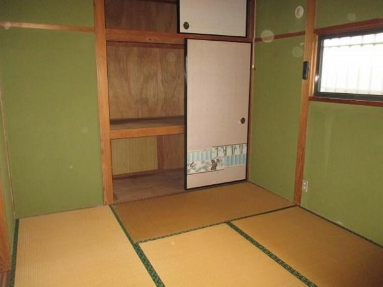 【リフォーム前】2階南西側6帖和室は8帖洋室へと変わります。