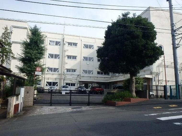 小学校 横浜市立奈良小学校