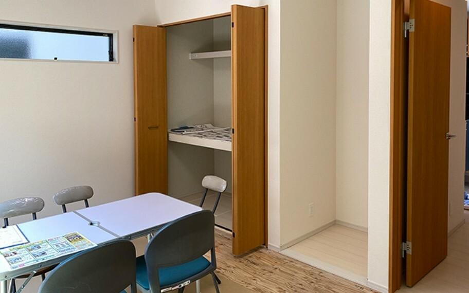 和室 現地写真:洋室畳敷き(5号棟)