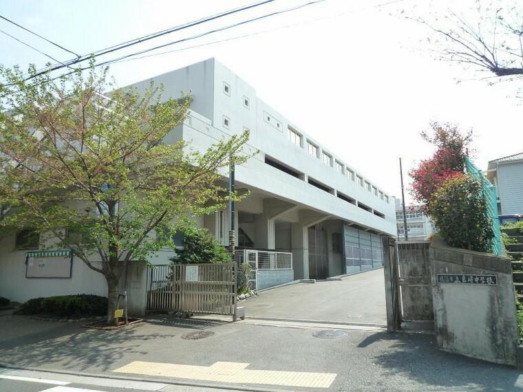 中学校 岩崎中学校