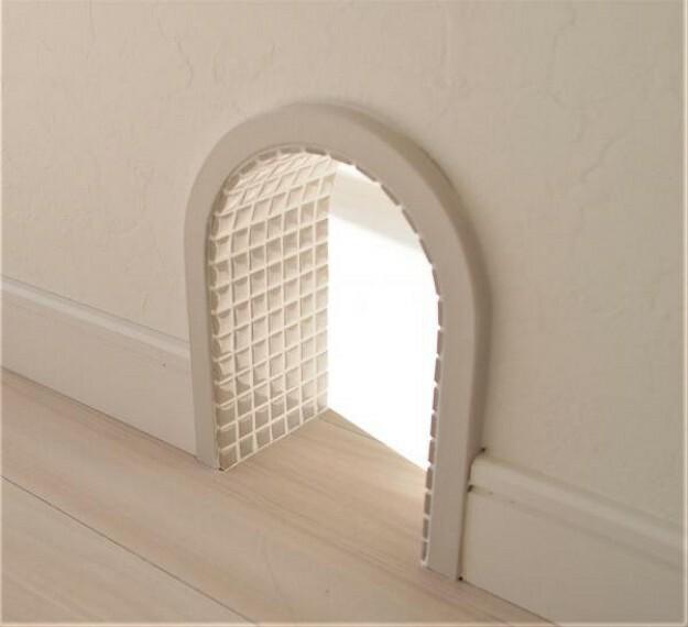 ~キャットドアプラン例~アールの壁窓・タイル貼(同一タイプ)工事費8万(価格に含みません)