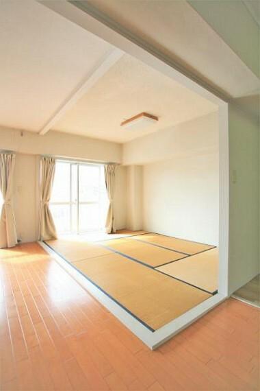 子供部屋 リビングに設けられた畳スペースは、来客用やお昼寝スペースにぴったりです。2020.11月