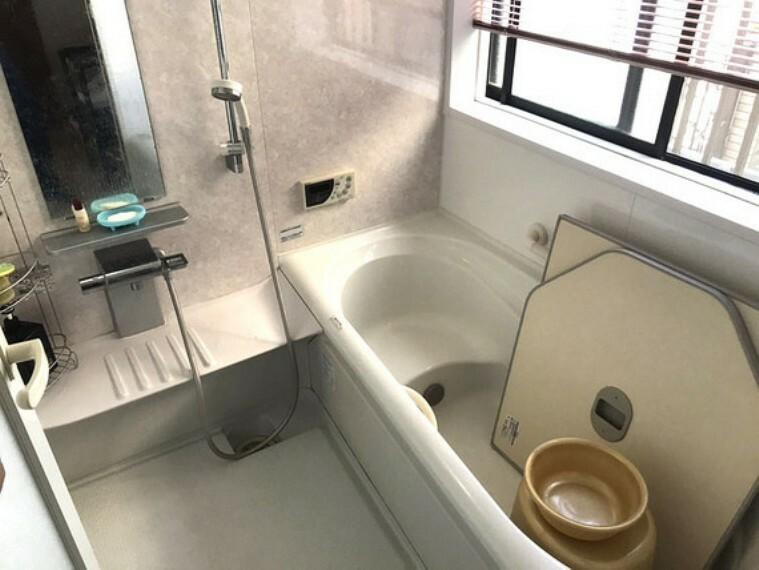 浴室 乾燥機付きの快適なお風呂 追い焚き機能つきですのでいつでもお好きな温度で入浴できます