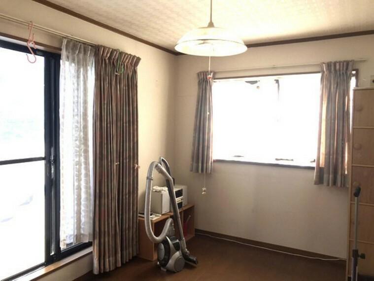 日差しも風もたっぷりの2階洋室6畳