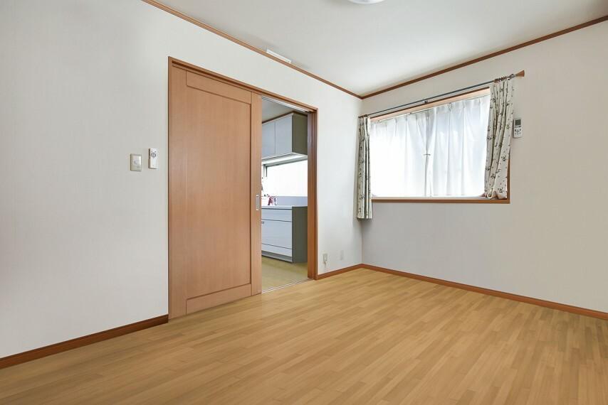 洋室 2階洋室 6帖