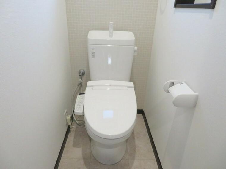 トイレ こちらは賃貸中のオーナーチェンジ物件です。実際にお住まいいただけません。