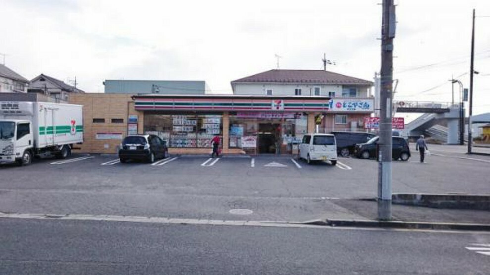 コンビニ セブンイレブン 黒瀬春日野店
