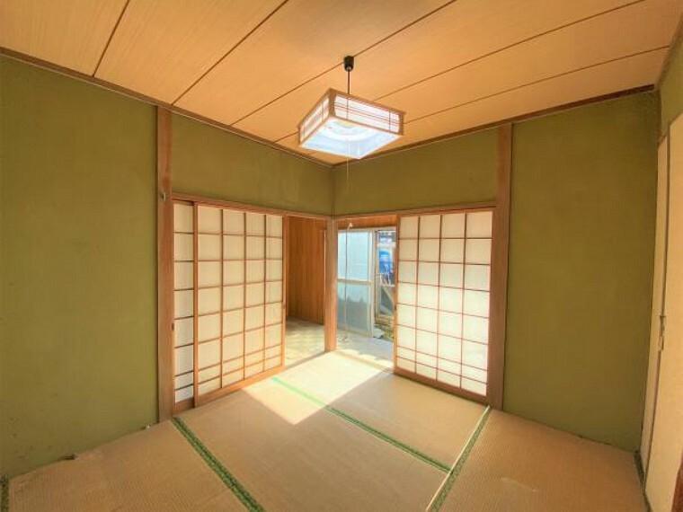【リフォーム前写真】南側4.5帖和室のお部屋の写真です。