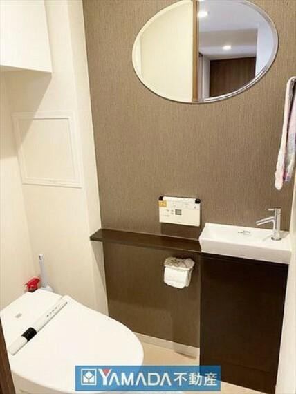 トイレ 手洗いカウンター付 タンクレストイレ