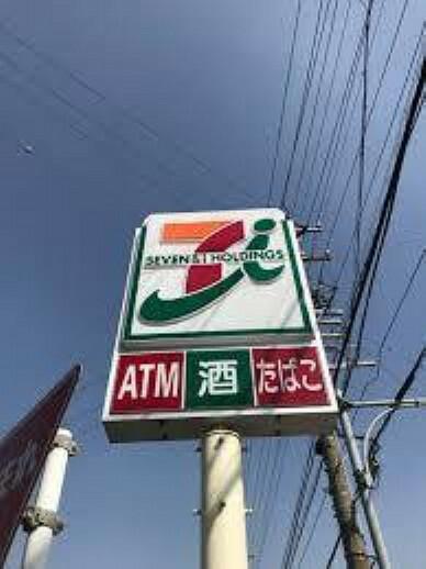 コンビニ セブンイレブン名古屋比良1丁目店
