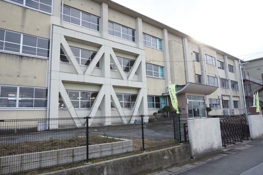小学校 法立小学校 愛知県稲沢市平和町法立東瀬古7
