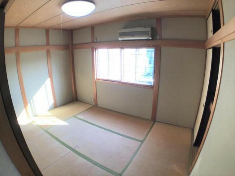 和室 南側の和室です。くつろげるスペースとして大いにご活用してください。