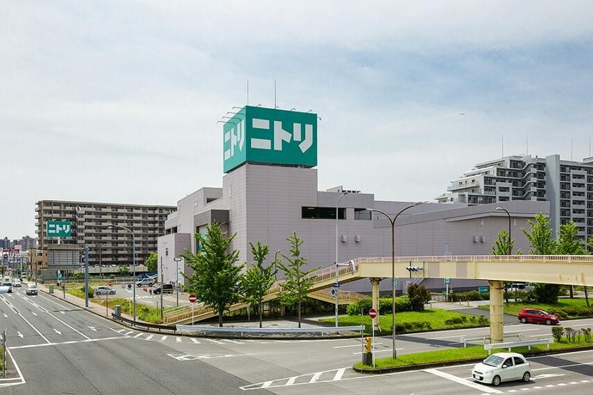 ホームセンター ニトリ 幕張店 徒歩13分/250台の無料駐車場を完備