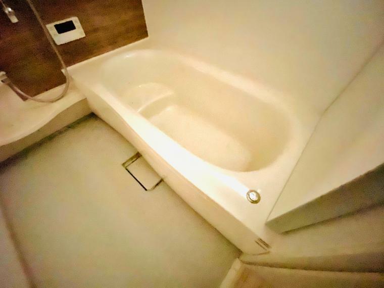 浴室 一日の疲れをゆっくりとリラックスできますね