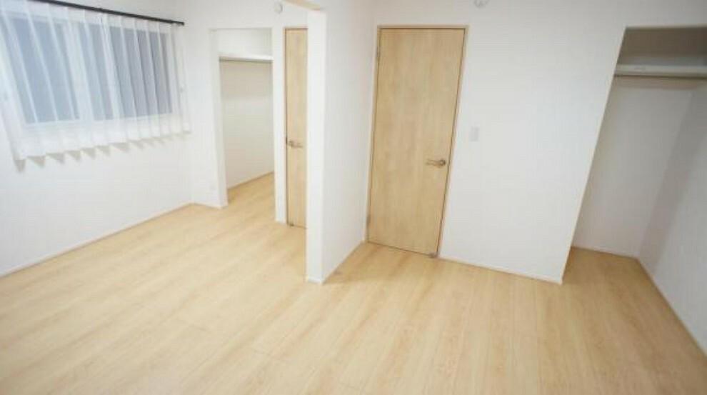 洋室 洋室 収納力の高い間取りで、いつもスッキリした空間は毎日をプレミアムな時間に