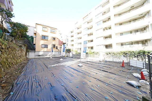 現況写真 ●再開発文京ガーデン至近  恵まれた交通アクセスに良好な住環境、 豊かな自然も豊富な閑静な住宅街