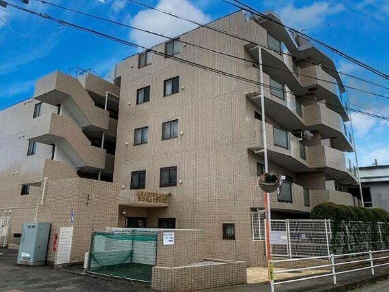 外観写真 6階建て2階部分のお部屋になります。