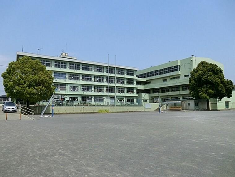 小学校 清水小学校 徒歩9分(約690m)