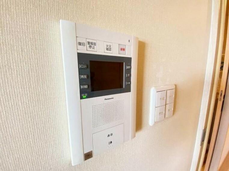 TVモニター付きインターフォン モニター付きインターホン付なので留守時も安心ですね