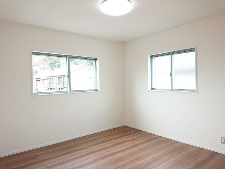 洋室 全居室LED照明付き