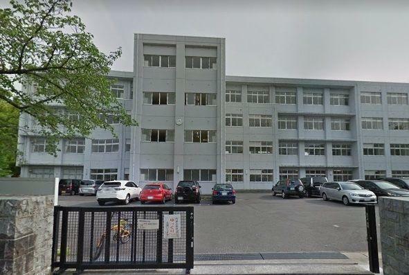 小学校 岡崎市立梅園小学校 徒歩10分。