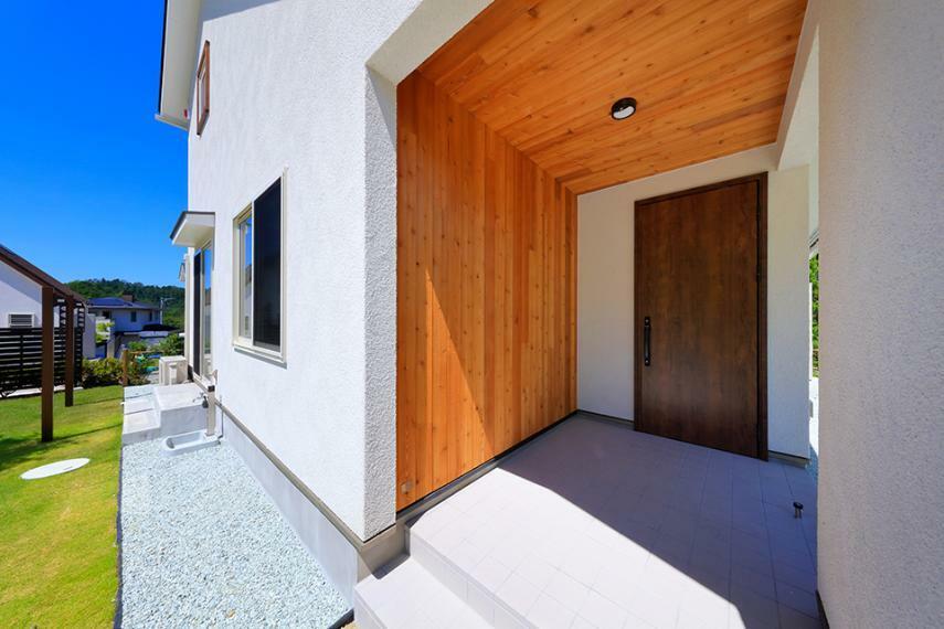 玄関 自然と暮らす新しい住まいのカタチ「いごこ家」