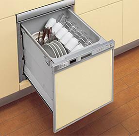 【ビルトイン食器洗い乾燥機】 ワイドに引き出すことができるので食器のセットがしやすく、高温洗浄のため油汚れもスッキリ落とすことが出来ます。手洗いに比べ大幅な節水も実現。奥様の家事負担が減るばかりではなく、家計にもやさしい優れものです。