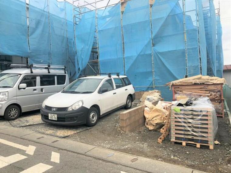 現況外観写真 駐車スペース3台駐車可能