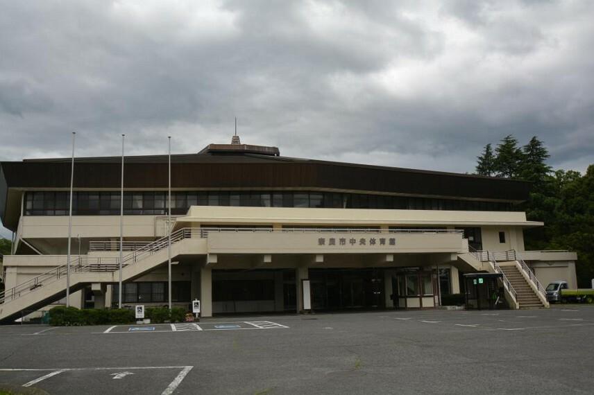 公園 奈良市鴻ノ池運動公園まで徒歩17分 または自転車9分