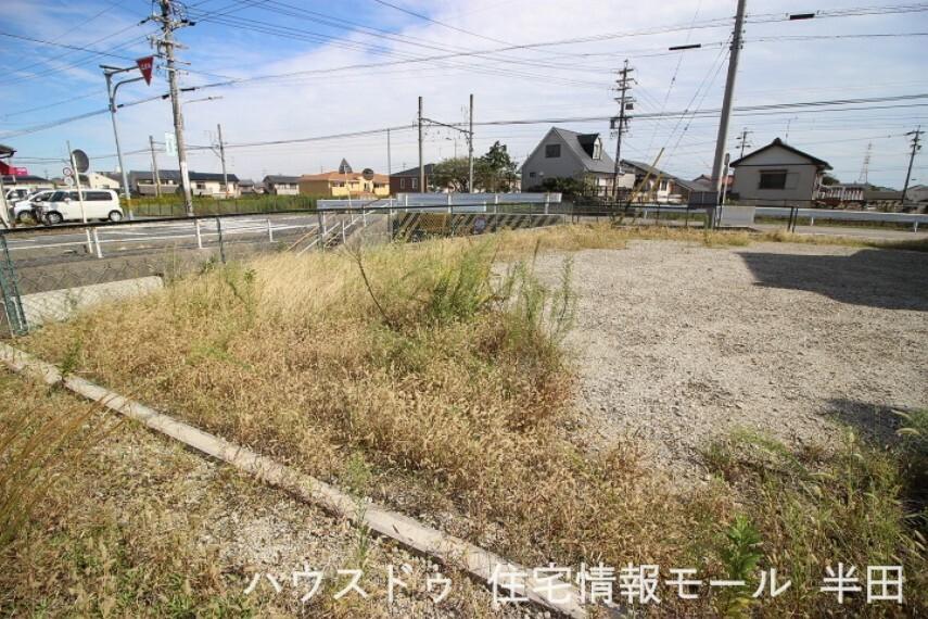 外観・現況 地目:雑種地 再適用途:住宅用地