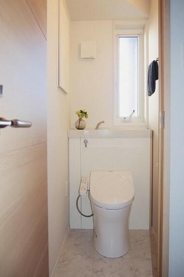 トイレ NO.28_1階トイレ(撮影_2021年2月)お掃除楽々設計のセキスイオリジナルトイレです!