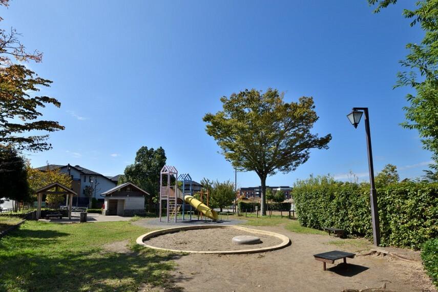 公園 みなみ野けやき公園(徒歩1分)