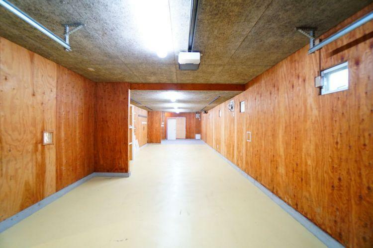 駐車場 3台駐車できる車庫あり