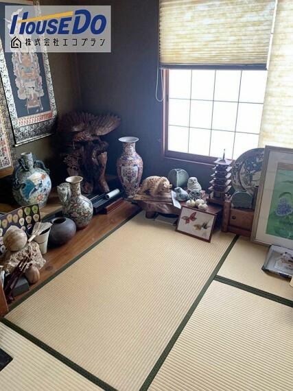 和室 ダイニングキッチンとつながっている和室は、リビングとして広々と使えますね