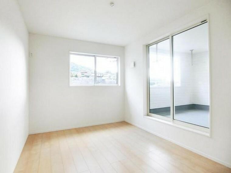 2階の洋室は全て6.0帖以上・角部屋・2面採光なので、広く・明るく・開放感あふれる生活空間です。