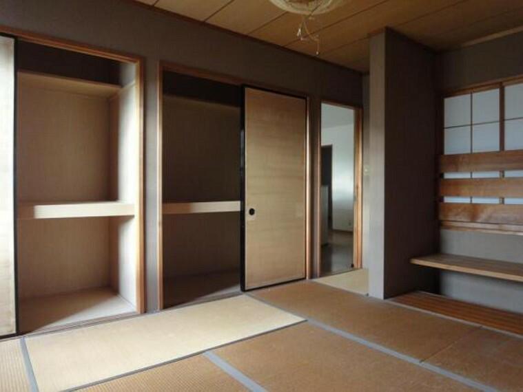 収納 収納の付いた和室。座布団やお客様用お布団なども仕舞っておけますね。
