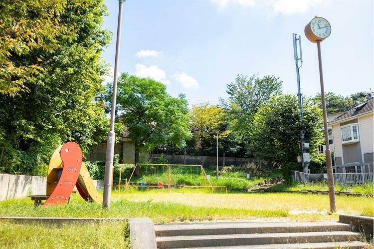 公園 春里公園 徒歩3分の公園。