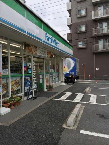 コンビニ 【コンビニエンスストア】ファミリーマート さいたま宮原町三丁目店まで521m