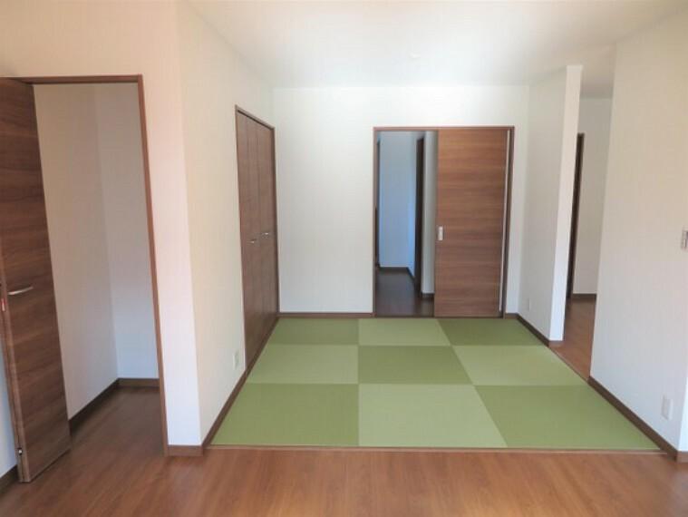 ホッと一息つける和室。和の空間に癒されます。