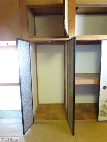 収納 大きな収納には、季節物の衣類などまとめて収納でき、お部屋を広く使えます