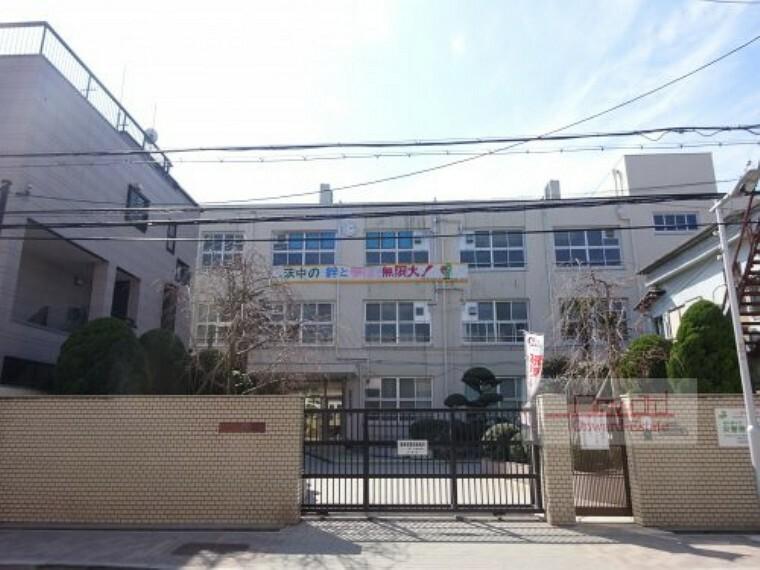 中学校 【中学校】大阪市立茨田中学校まで374m