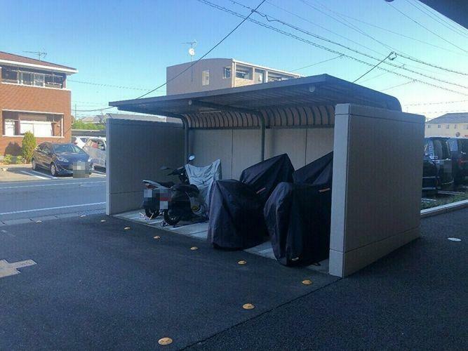 駐輪場 バイク置き場が付いています
