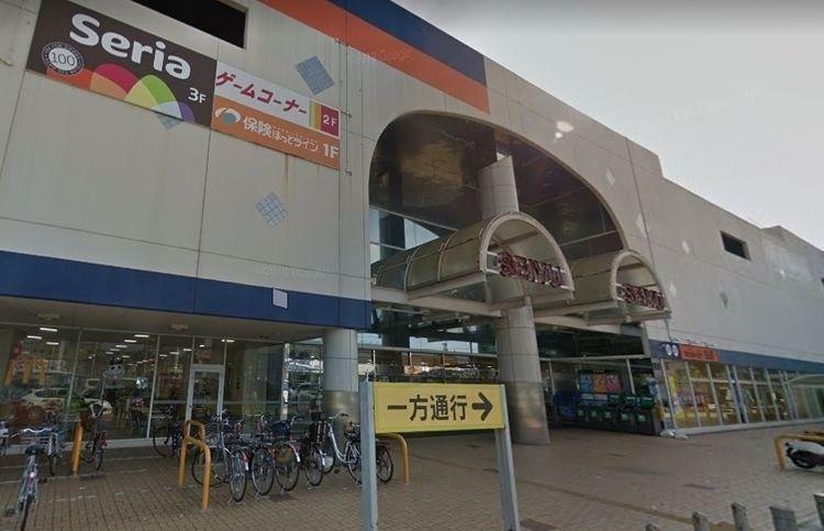スーパー 西友岡崎店 徒歩10分。