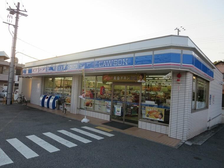 コンビニ 【コンビニエンスストア】ローソン 北別府店まで856m