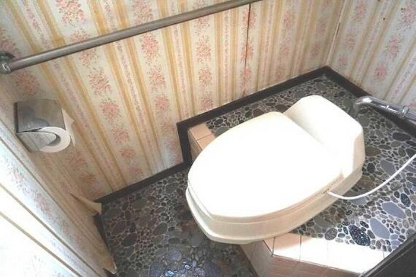 トイレ 1坪サイズのトイレです。