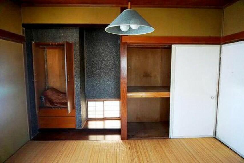 収納 収納が多くある為、居室部分には収納家具を置かずに済みそうですね。