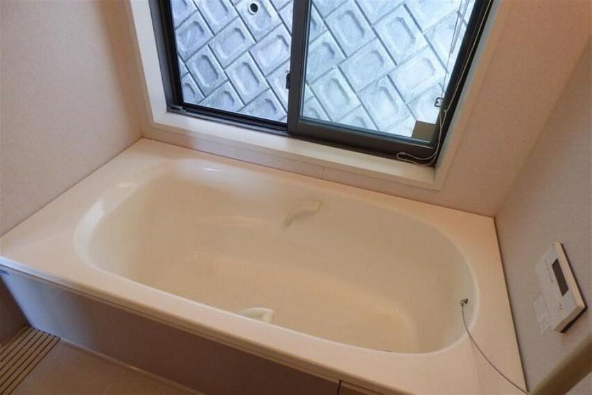 浴室 窓付き浴室