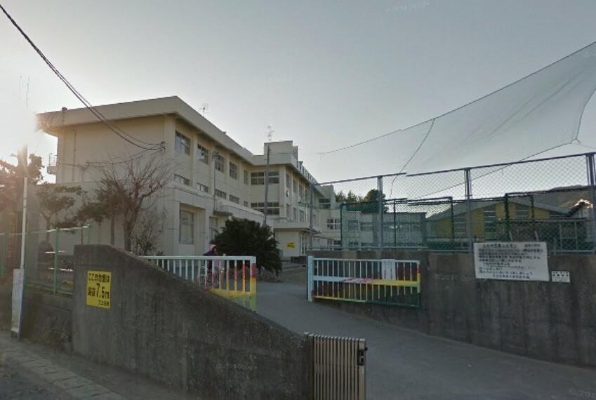 小学校 【小学校】土佐市立蓮池小学校まで664m