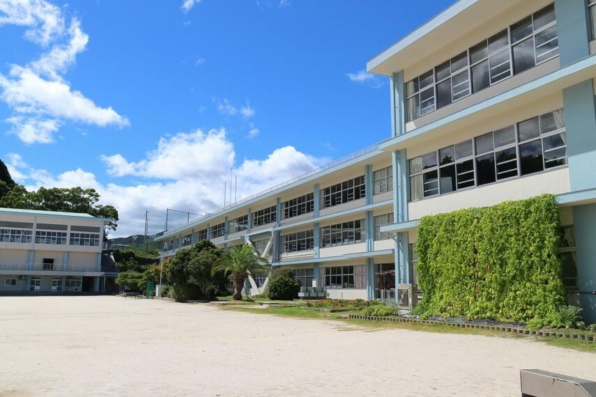 小学校 由宇小学校